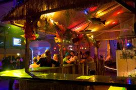 Bar-Dekoration-Beleuchtung-Strom