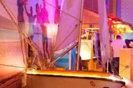 Party-Dekoration-Beleuchtung-Schiff
